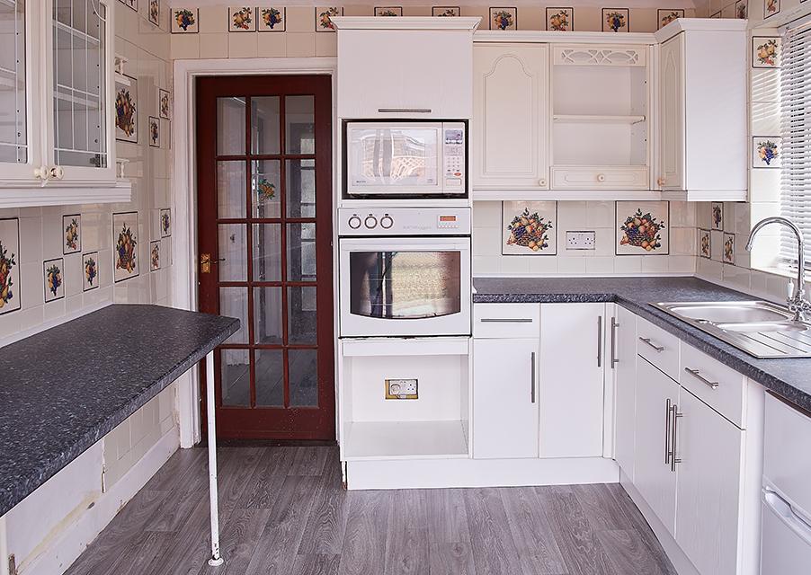 Cambiar los azulejos de la cocina sin realizar obras